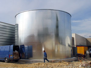 cylindric-steel-tank